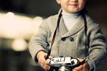 kid_with_camera