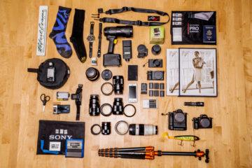 10-1 Robert Evans Sony Artisan of Imagery - What's in mt bag DSC01745