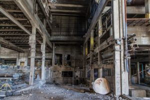 abandoned-factory-1513012_1280