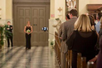 selfie_stick_wedding